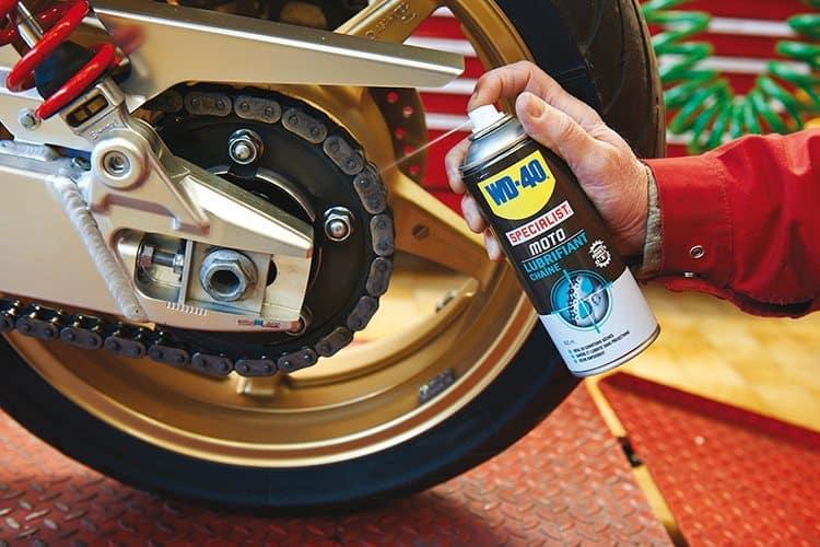 Limpeza, lubrificação e manutenção de correntes