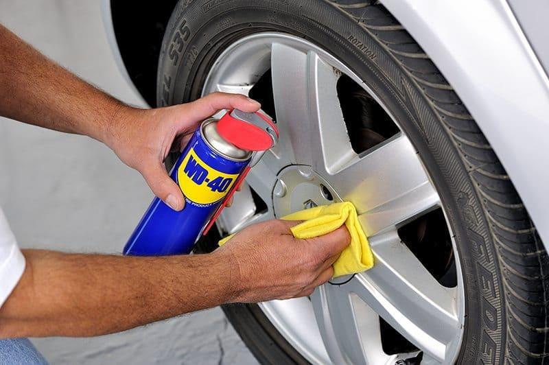 Como limpar o carro eficazmente