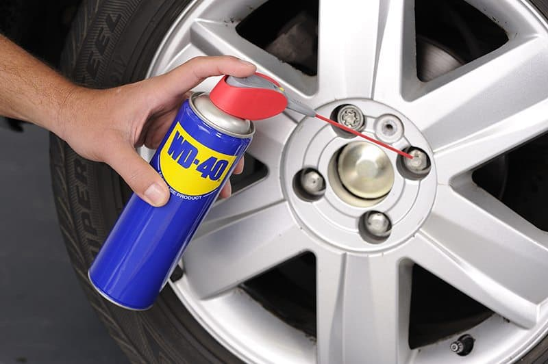 Como trocar o pneu do carro